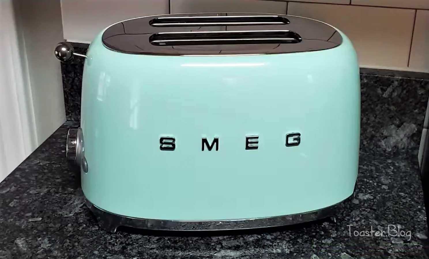 Best light green toaster